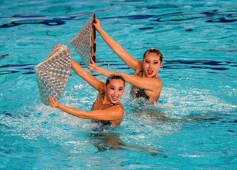 China sweeps three titles at FINA Sychro World Trophy Day 1