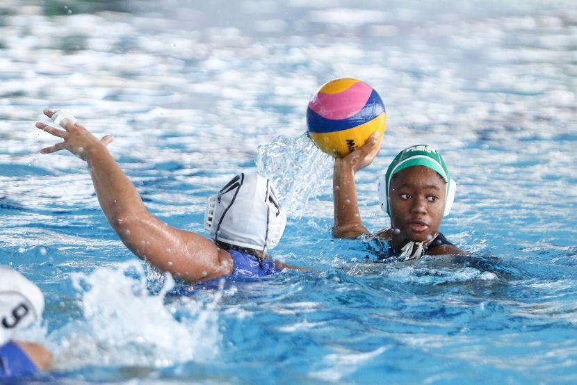 Women's Youth World Championships, Belgrade, Day 4