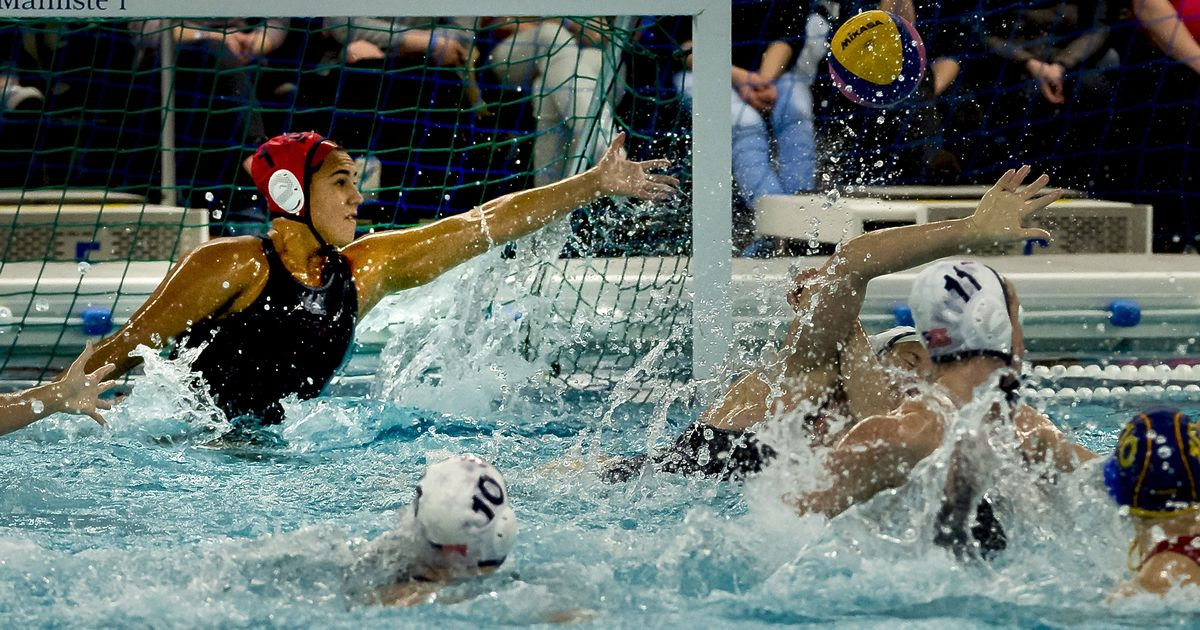 No. 1 UCLA womens water polo spreads the wealth in 17-3